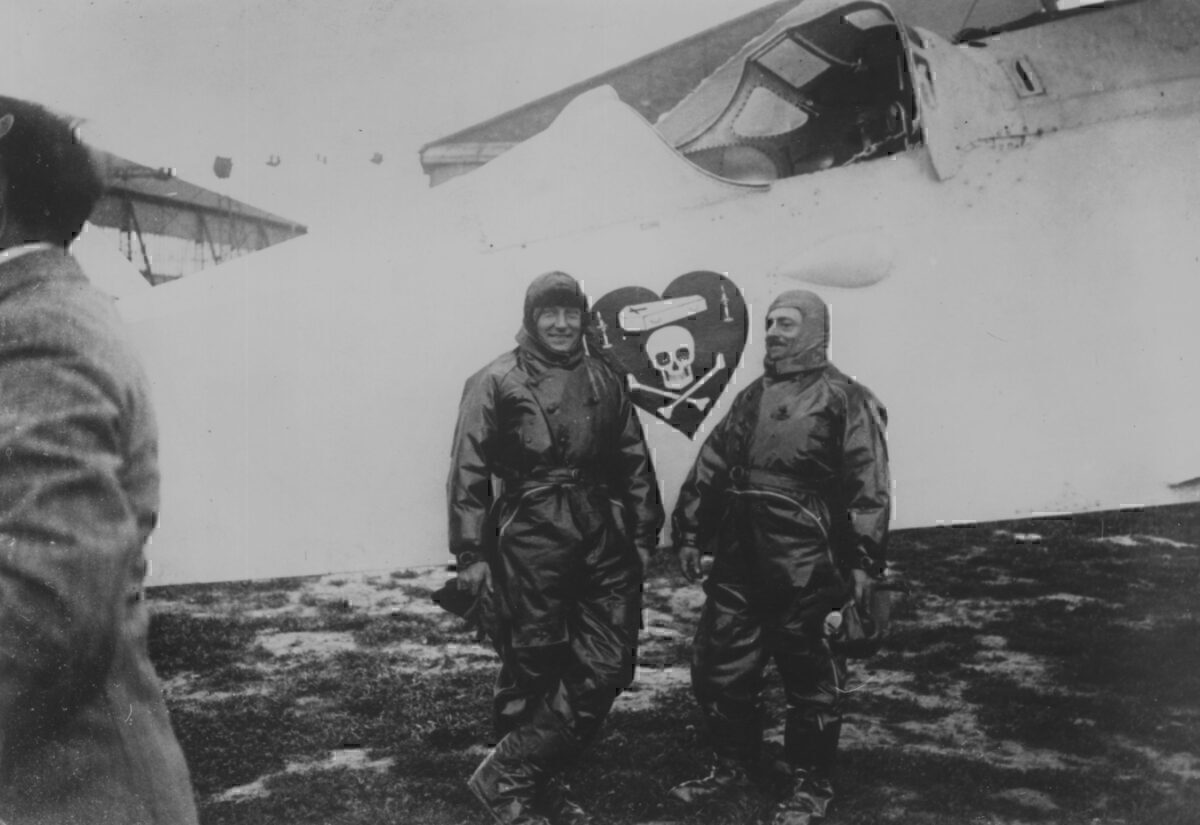 Charles Nungesser and Francois Coli standing in front of 'L Oiseau Blanc. Photo: Getty Images