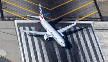 American Airlines flight schedule