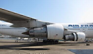 JT9D_turbofans_on_AF_747-100
