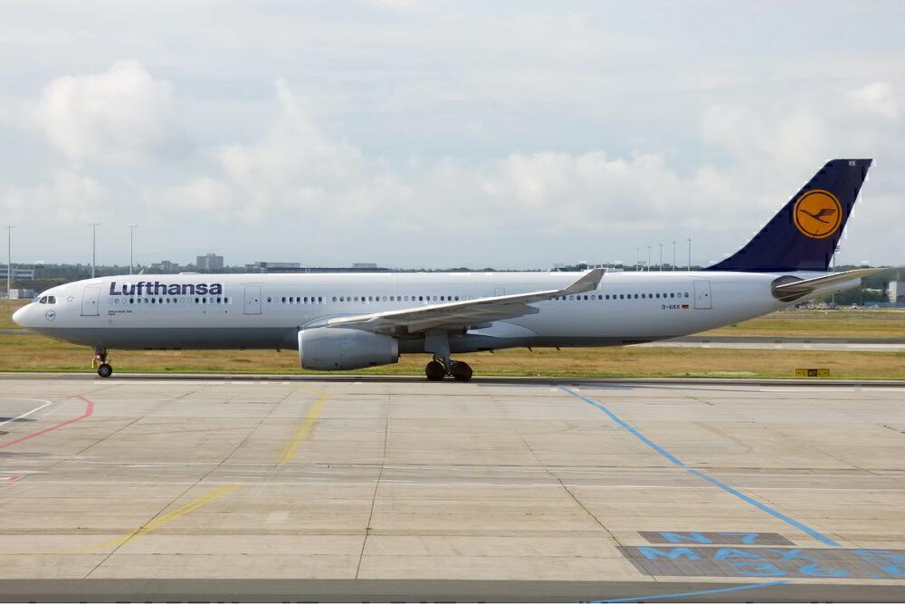 Lufthansa D AIKK Airbus A330 343 15836910803