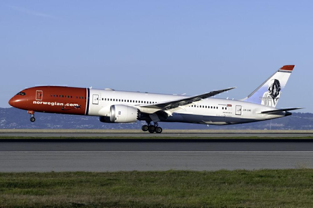 Norway (Roald Dahl Livery) Boeing 787-9 Dreamliner LN-LNO