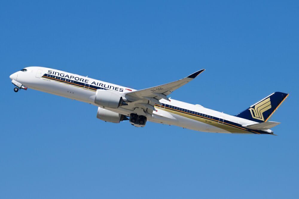 Singapore Airlines Airbus A350-941 9V-SGG