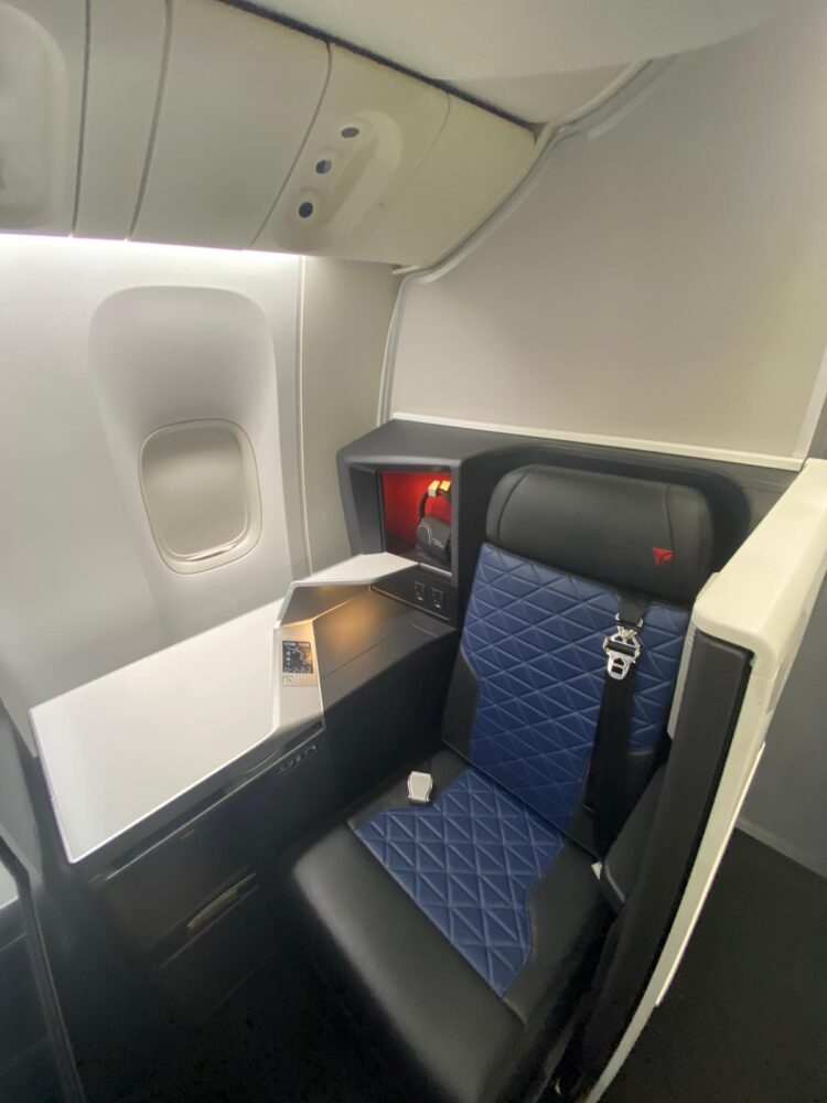 Delta One on the 777