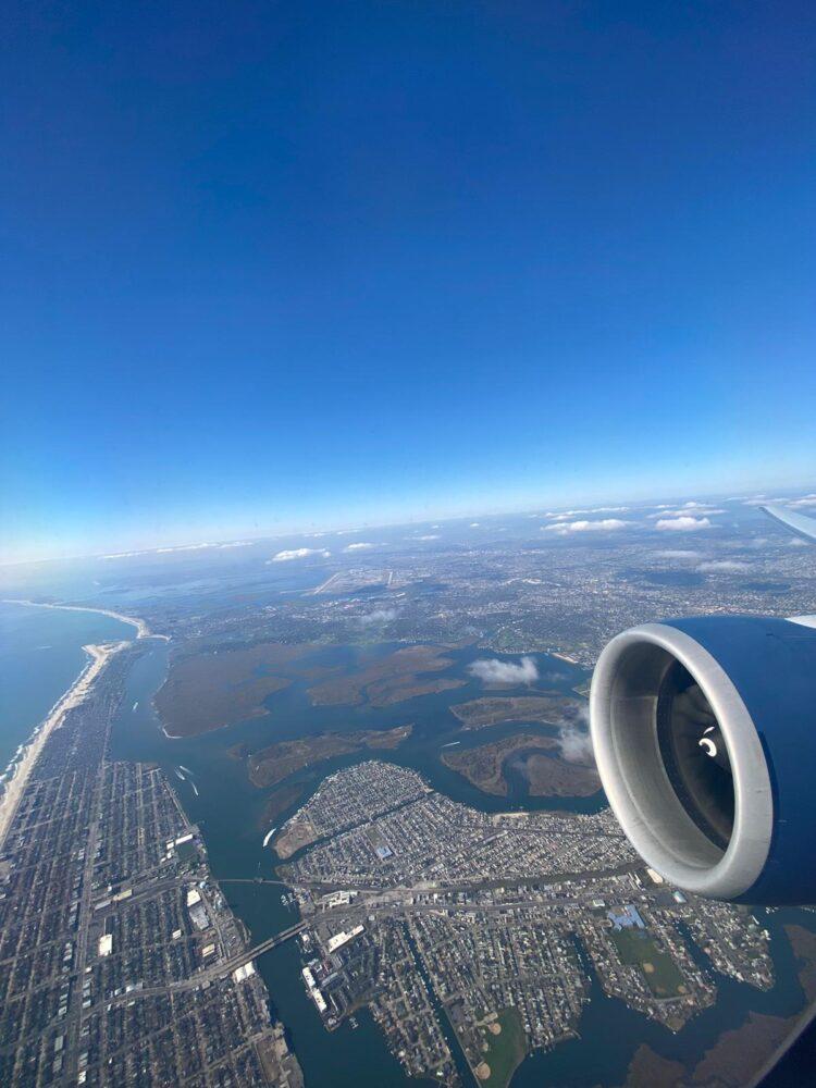 Boeing 777 departure
