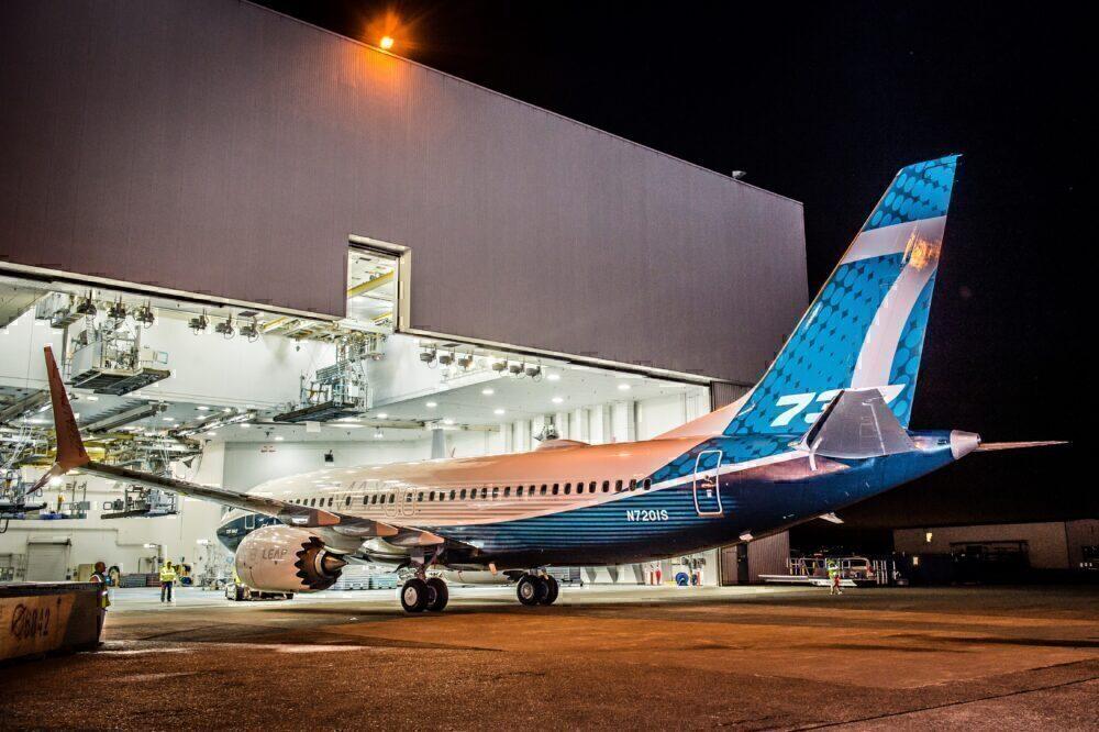 737 MAX in hanger