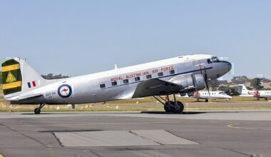HARS-DC-3-over-Sydney-Harbour