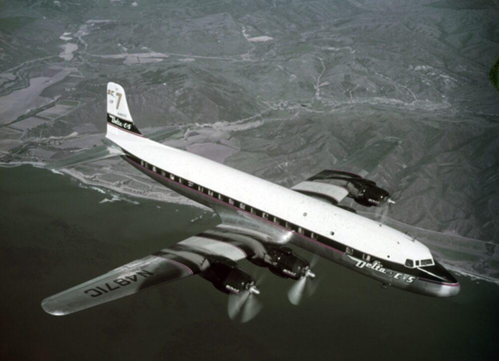 Delta DC-7