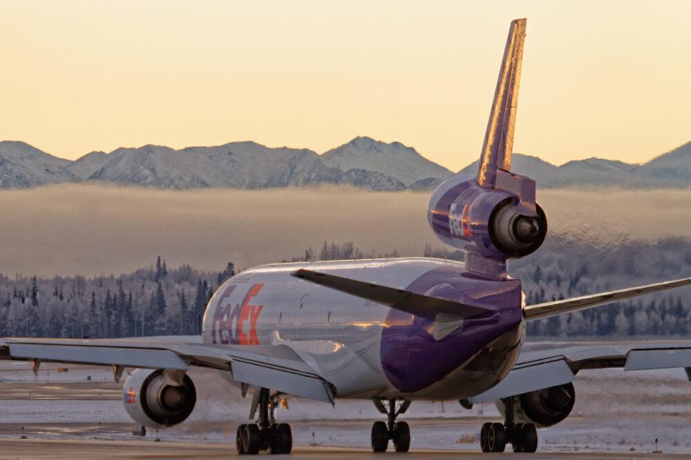FedEx MD-11