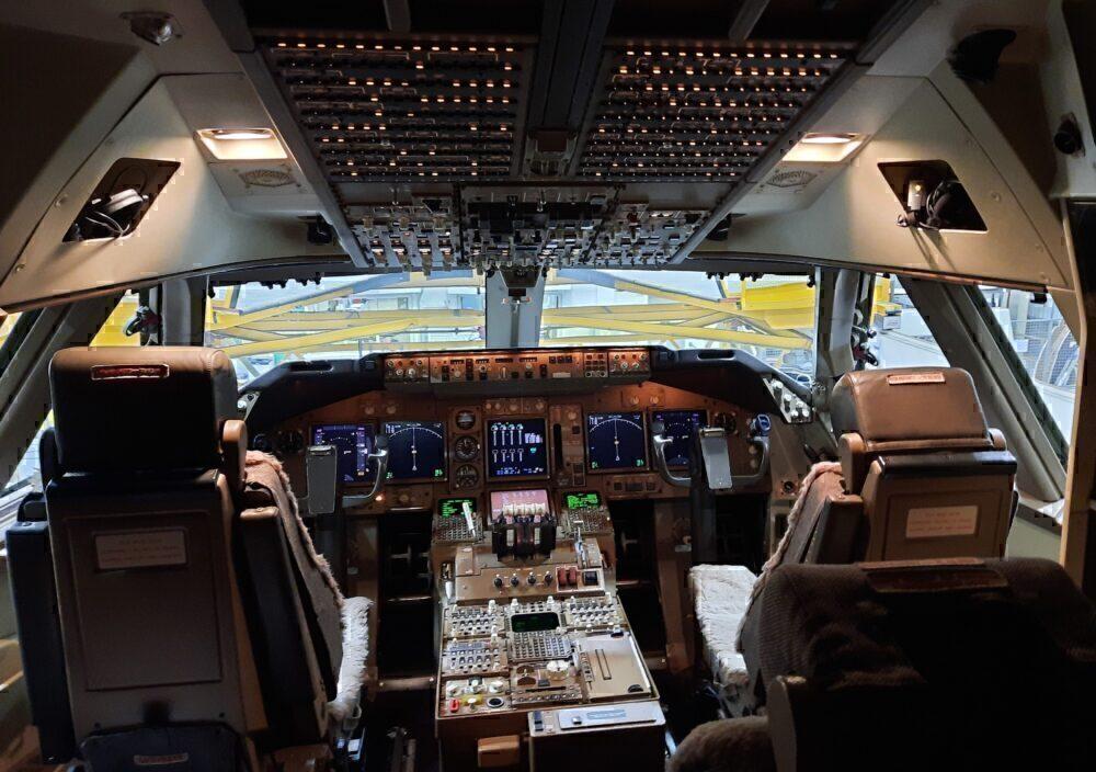 Virgin 747 Cockpit