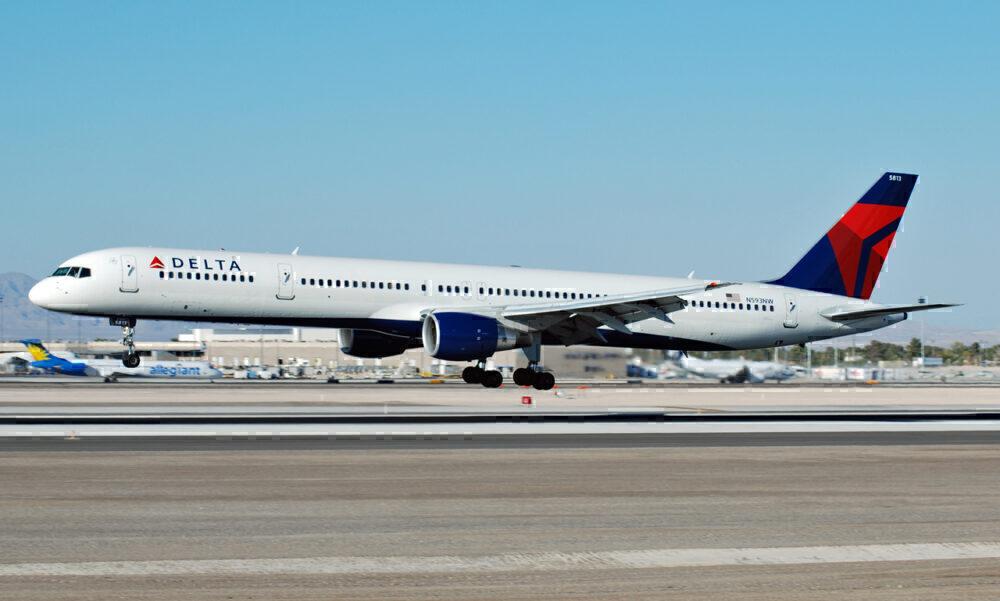 Delta 757-300