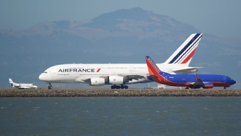 Air France A380 Southwest 737