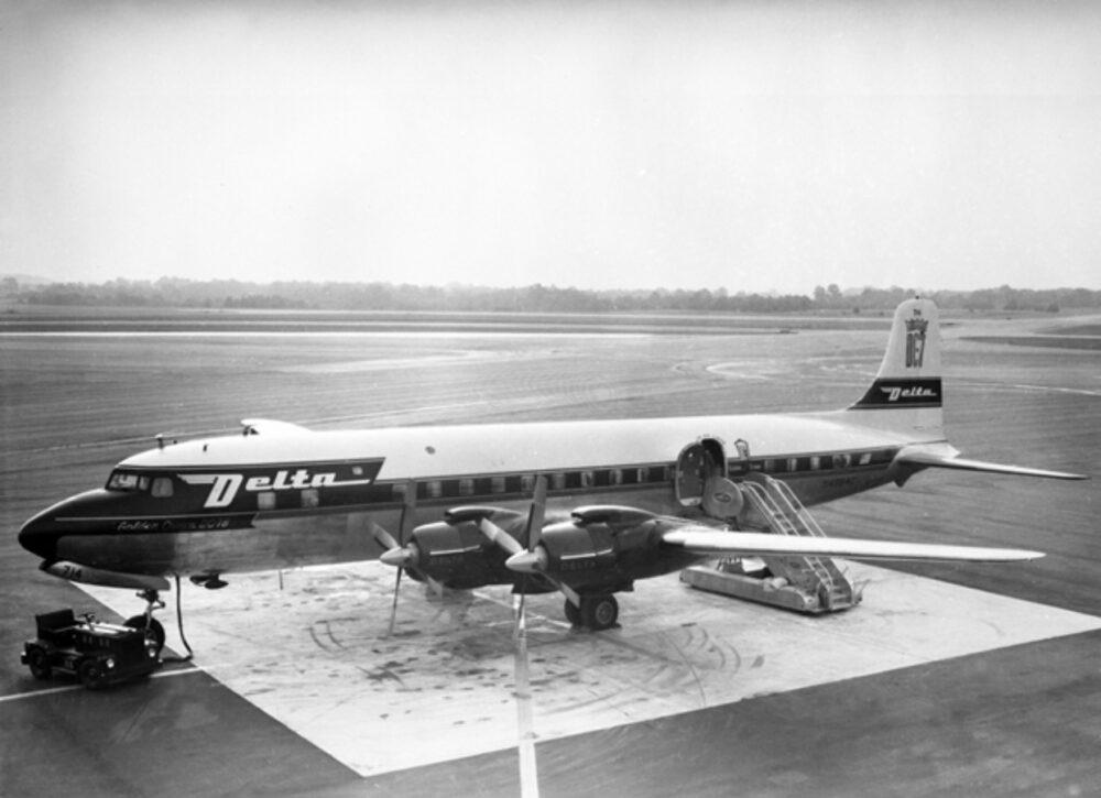 Delta DC-7 Aircraft