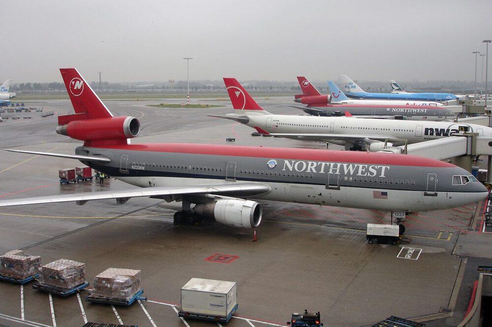 DC-10 Northwest