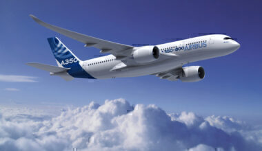 A350-800_RR_AIRBUS_V10_300dpi