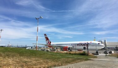 AC_Rouge_767_at_YYJ