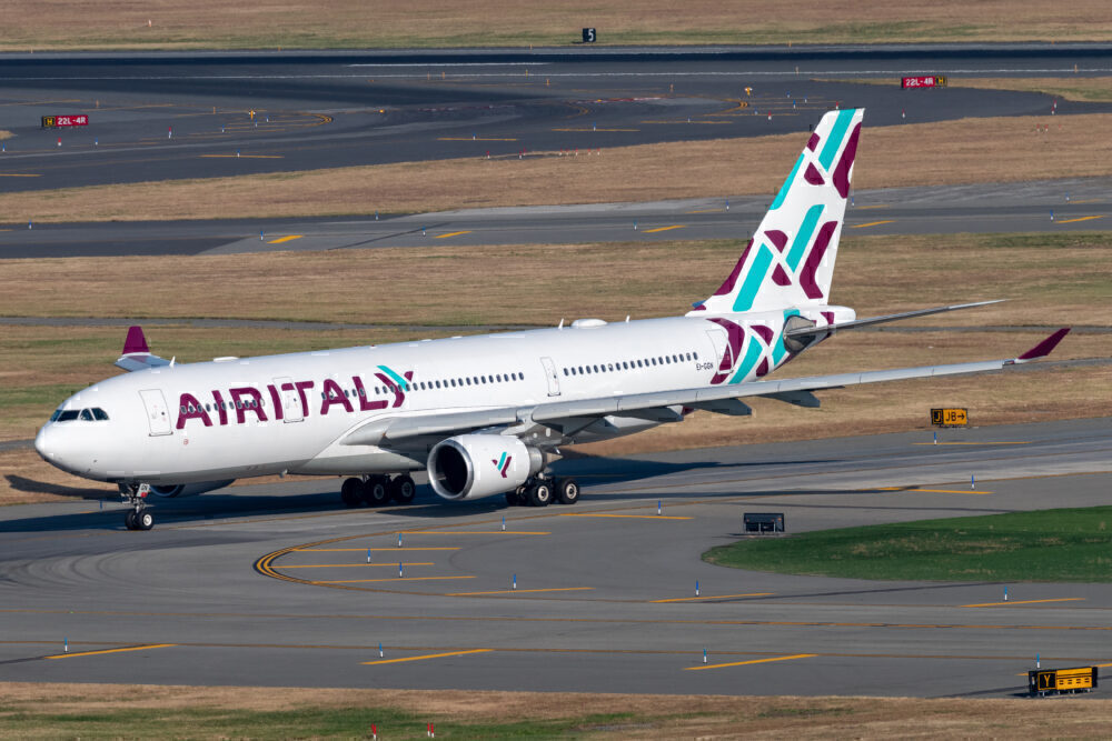 Air Italy Airbus A330-202 EI-GGN JFK Vincenzo Pace