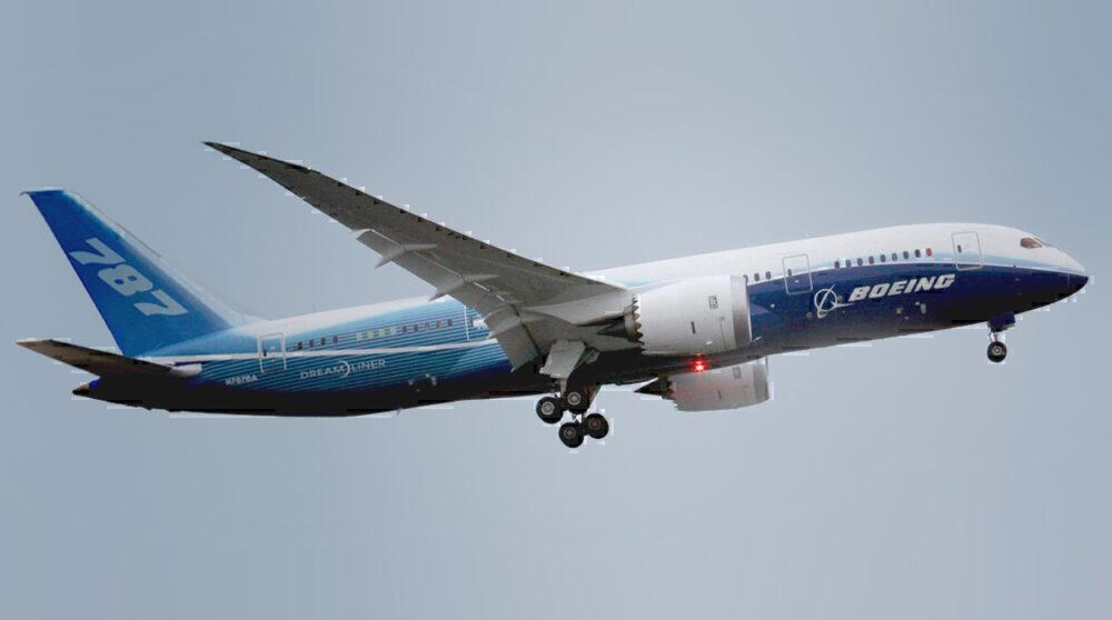 Boeing_787-8