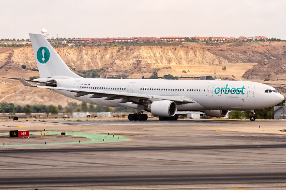 CS-TRX_Orbest_Airbus_A330-223_@_departing_viay_Rwy_14_to_Cancun_(CUN)_@_Madrid_Barajas_(MAD)