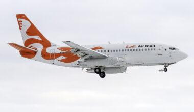 Air Inuit Boeing 737