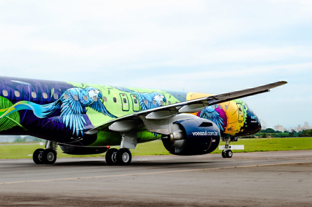 Embraer new livery