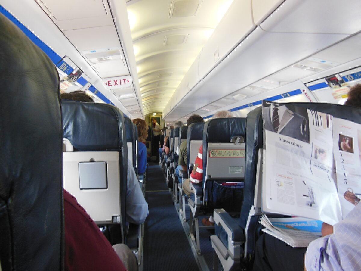 Darwin Airline Saab 2000