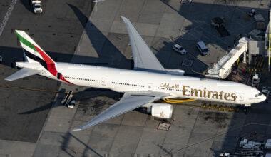 Emirates Boeing 777-31H(ER) A6-EQN