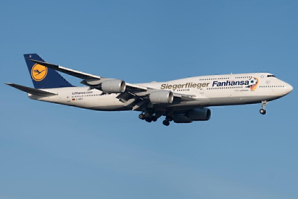 Which Boeing 747 Variants Were Most Popular?