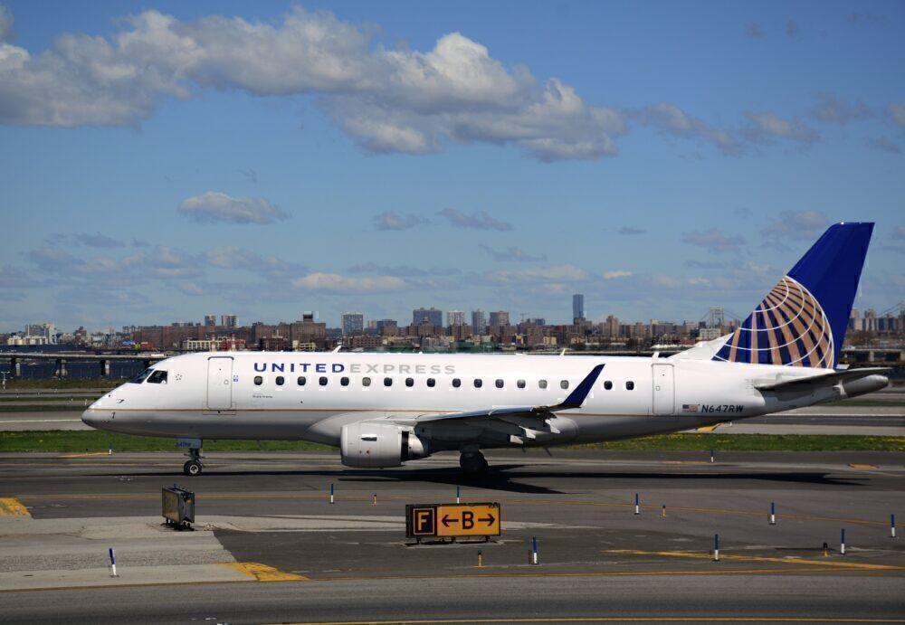 United E175 Getty