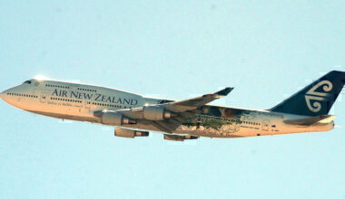 An Air New Zealand 747 with the Lord of the Rings