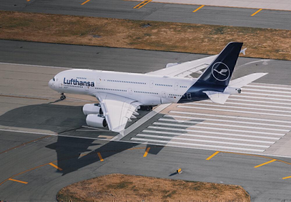 Lufthansa Airbus A380-841 D-AIMC