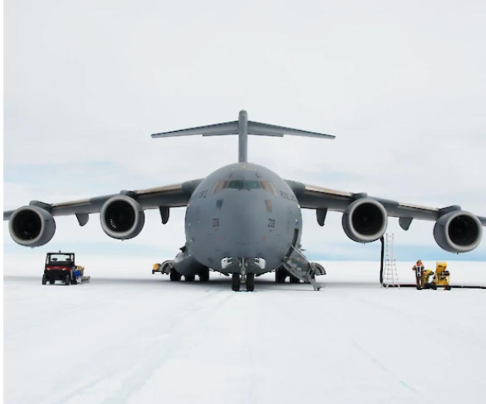australia-antarctic-airport