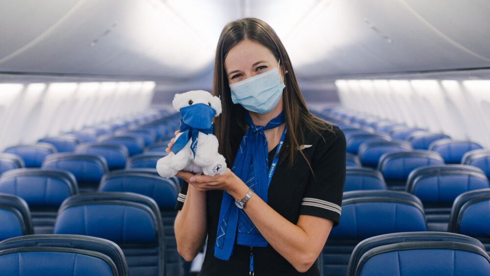 United flight attendant mask