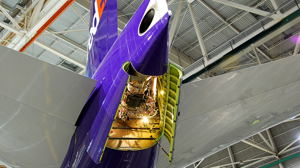 Boeing FedEx Engine