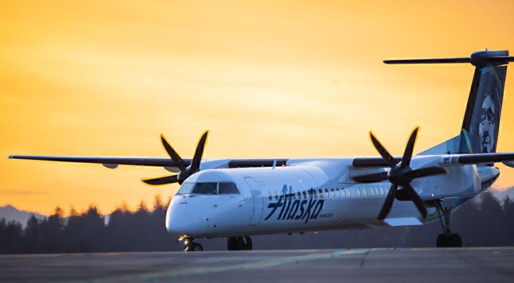 Alaska Airlines Dash 8