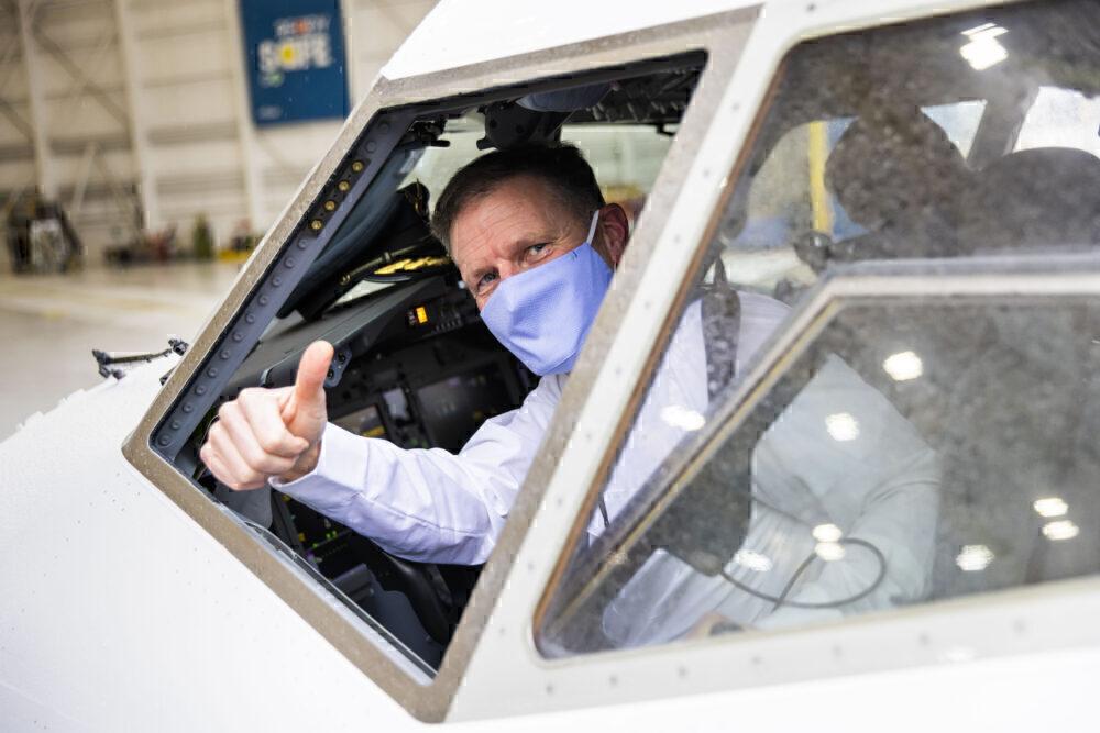 Alaska Airlines Boeing 737 MAX first flight pilot training