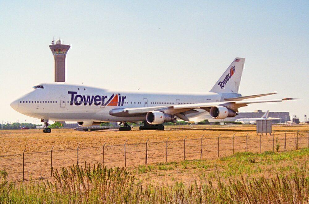 Tower Air Boeing 747 Paris CDG