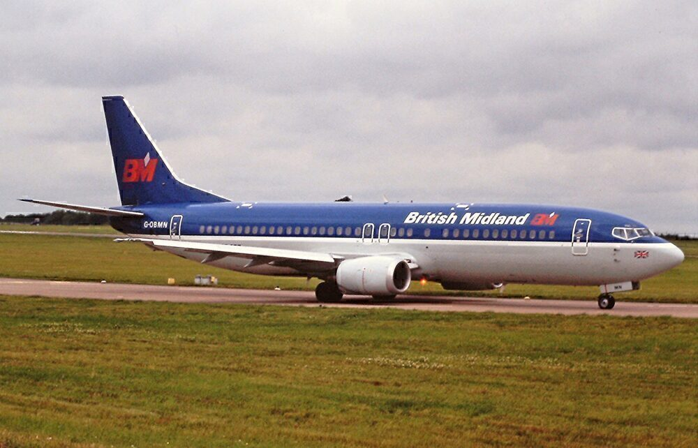 British Midland Boeing 737-400