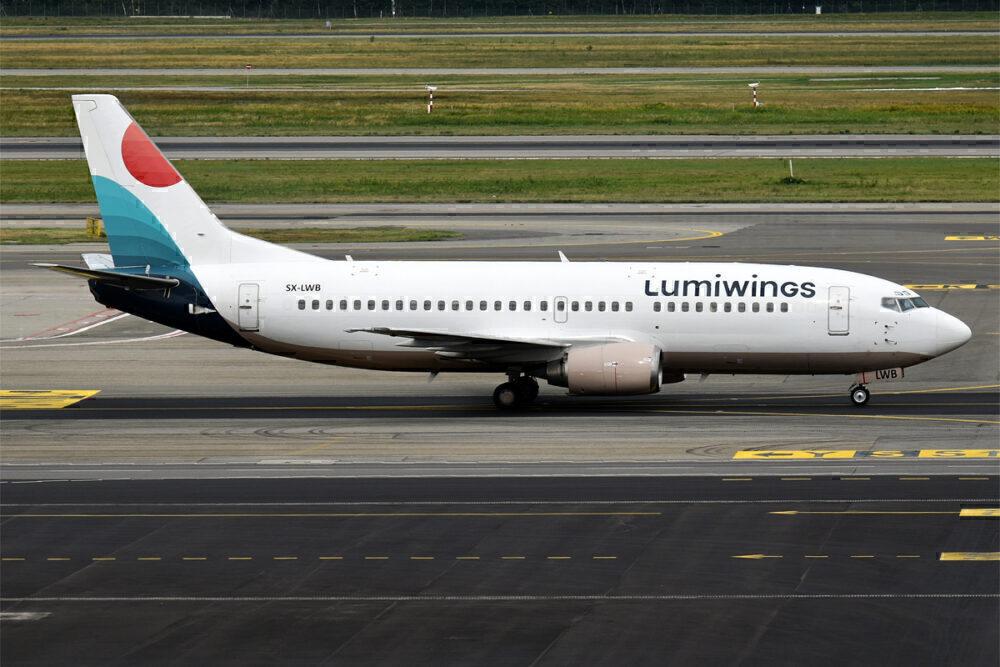 Lumiwings Boeing 737