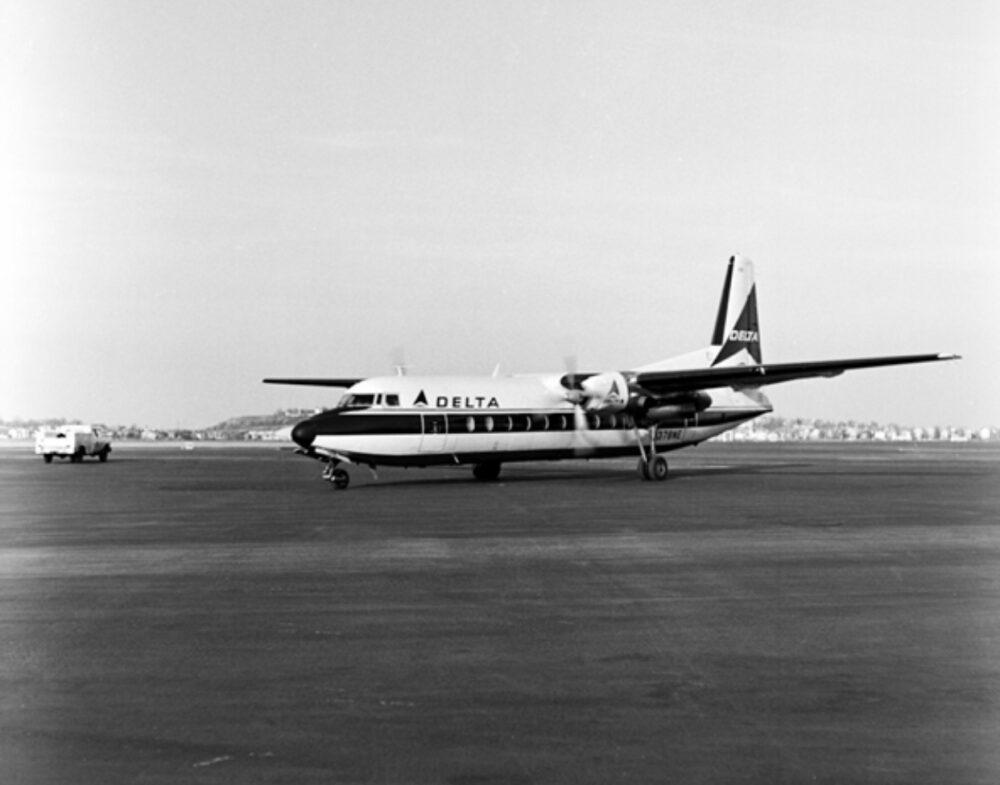 Delta Fairchild-Hiller FH-227B Plane