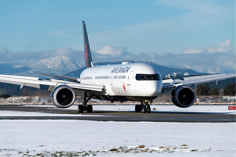 Air Canada Boeing 787-9 Dreamliner C-FNOG