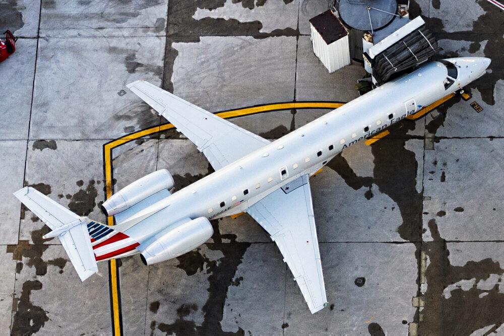 American ERJ145LR
