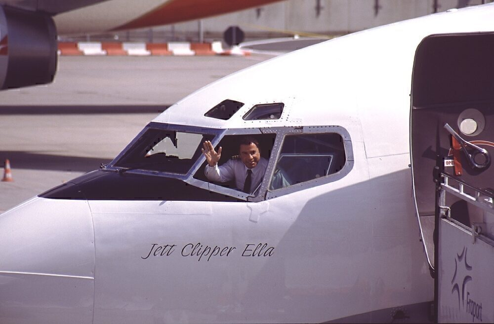 John Travolta Boeing 707 Cockpit 2002