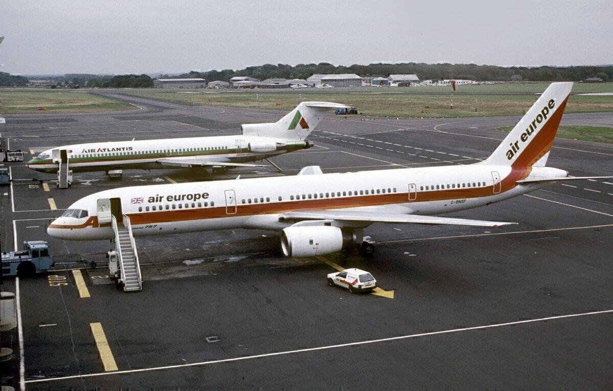Air Europe 757