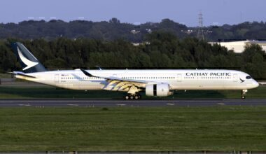 Cathay Pacific, London, COVID-19
