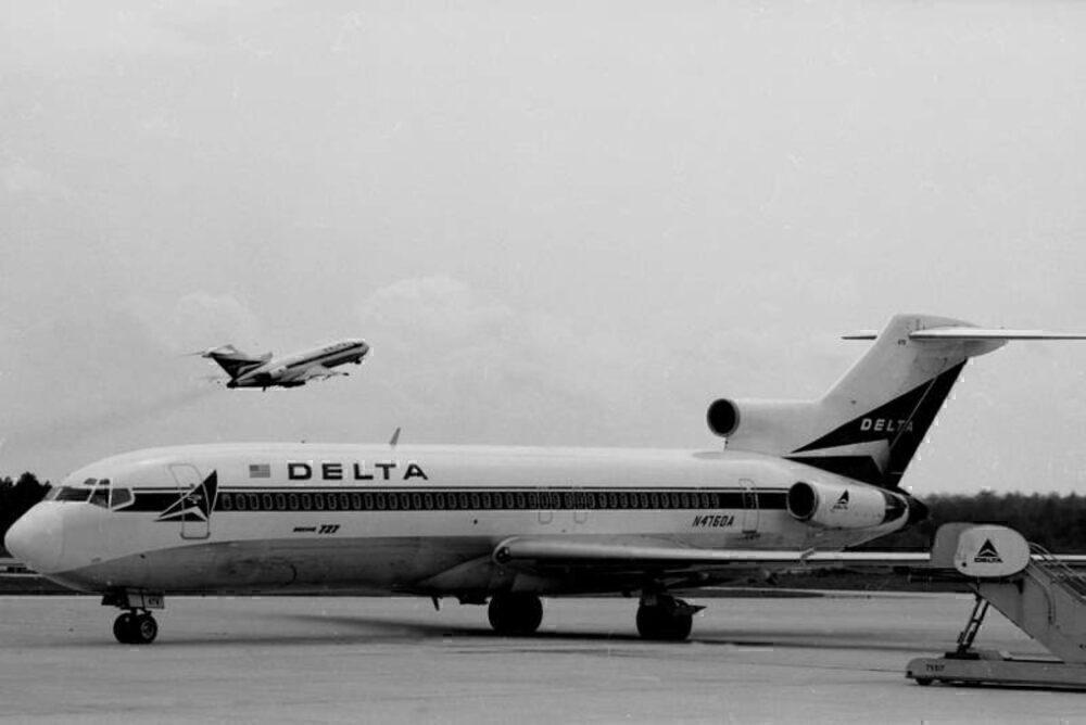 Delta 727