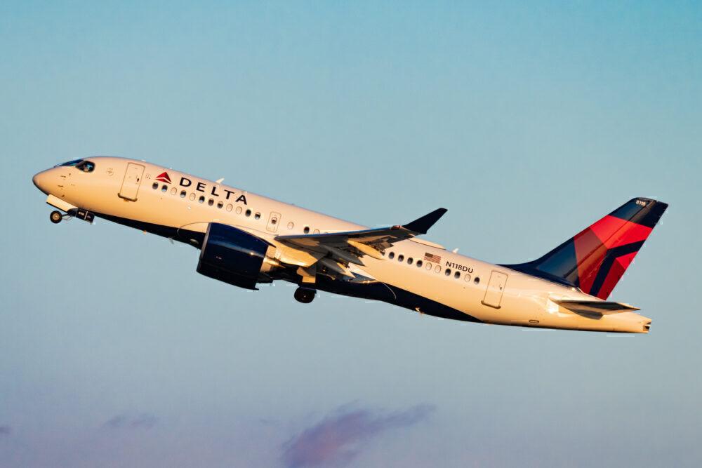 Delta Air Lines Airbus A220-100 N118DU