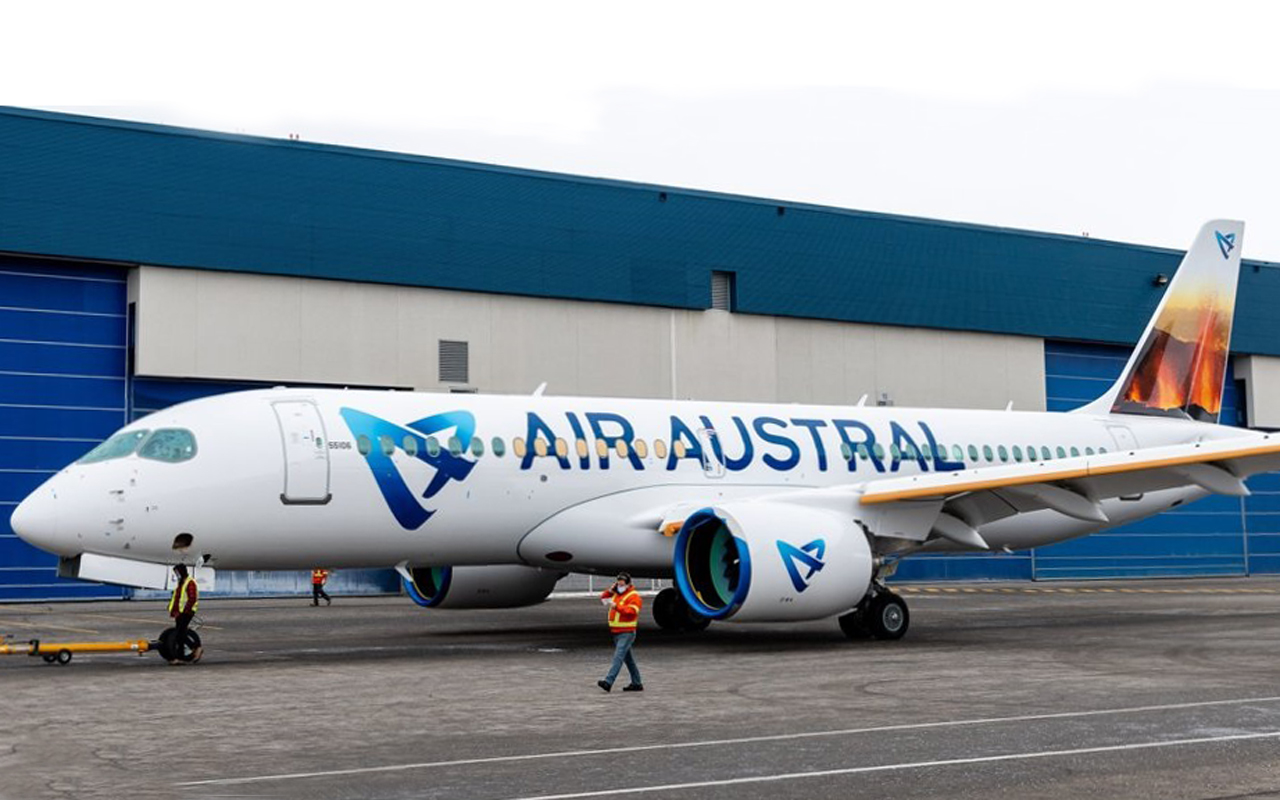 Air Austral's First A220 Leaves The Paintshop With A Stunning Tail