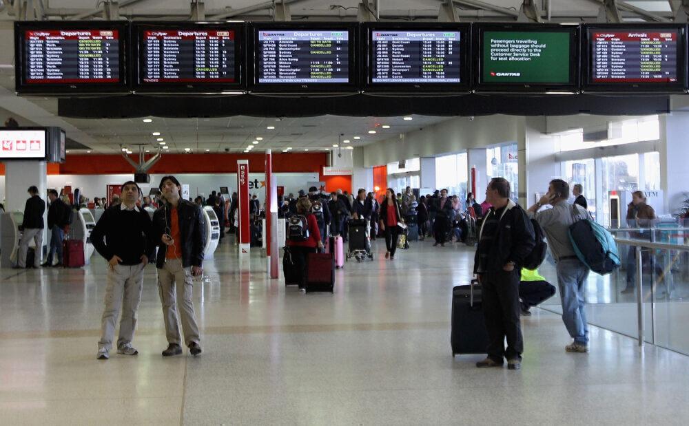 Australia-inbound-arrival-reduction-Getty