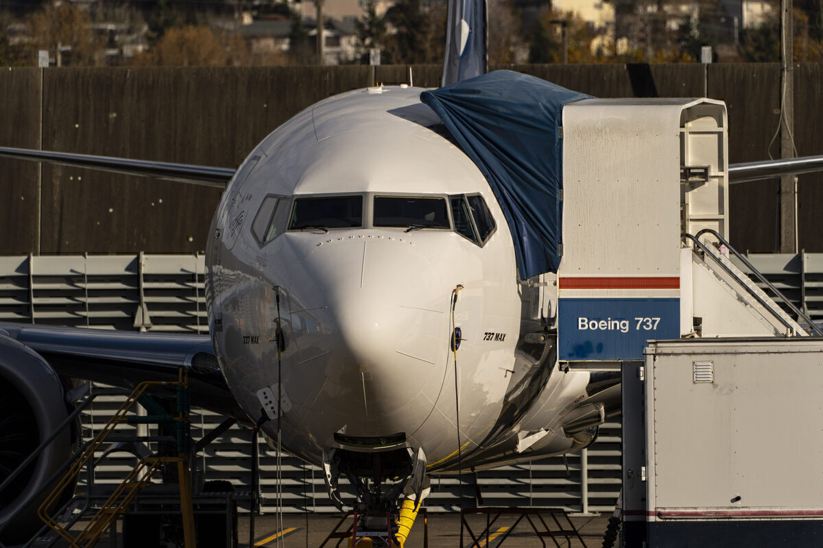 EASA Prepares to Recertify MAX But Ex-Boeing Manager Says It's Too Soon