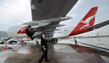 Qantas pilot by A380